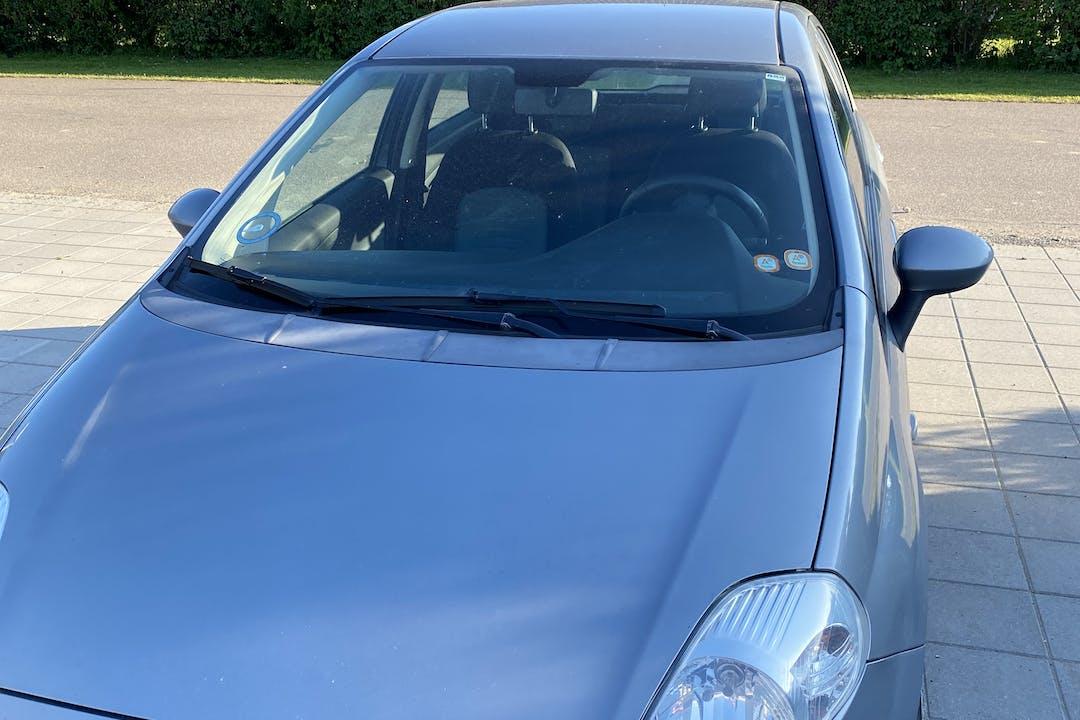 Billig billeje af Fiat Punto nær 3360 Liseleje.