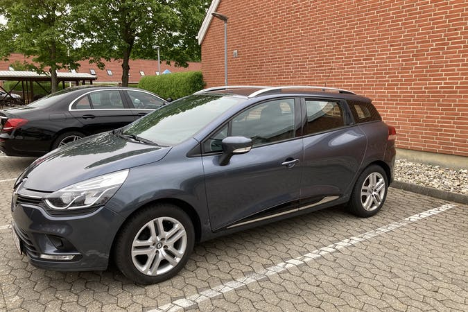 Billig billeje af Renault Clio ST nær 6710 Esbjerg.