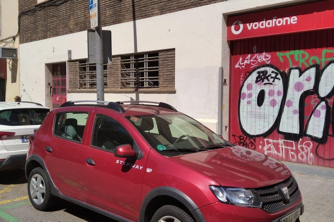 Alquiler barato de Dacia Sandero cerca de 08029 Barcelona.