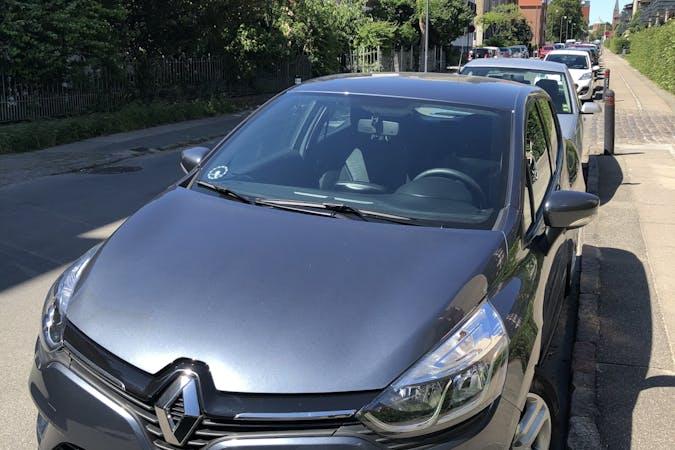 Billig billeje af Renault Clio HB med Isofix beslag nær 2500 København.