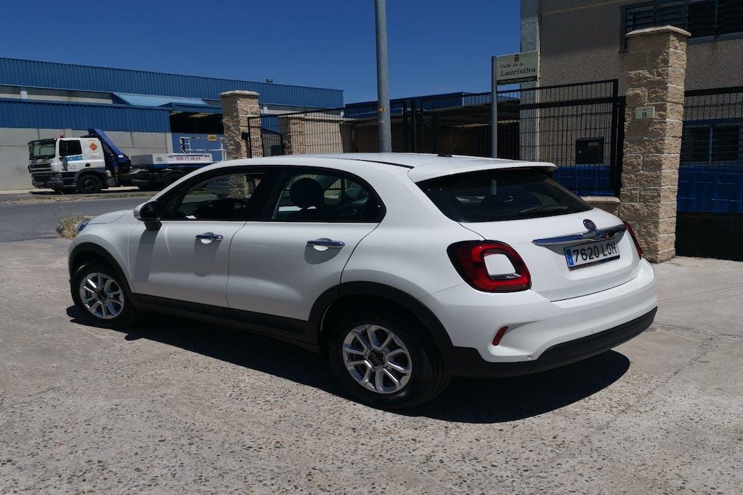 Alquiler barato de Fiat 500X cerca de  Madrid.