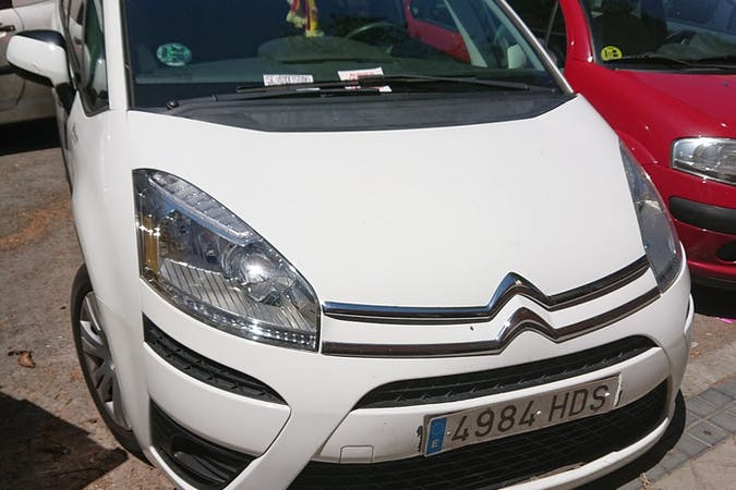 Alquiler barato de Citroen C4 Grand Picasso cerca de 28039 Madrid.