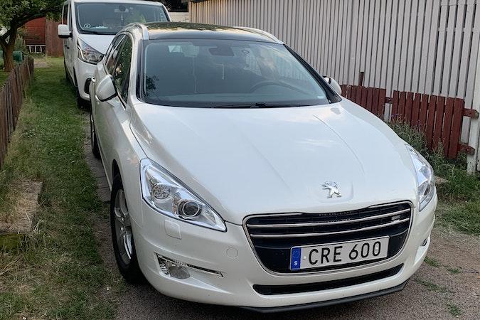 Billig biluthyrning av Peugeot 508 med Barnsäte i närheten av 252 27 .