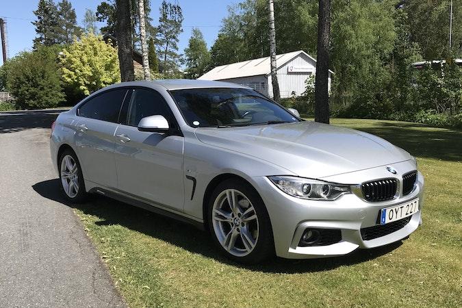 Billig biluthyrning av BMW 4 Series i närheten av 560 27 Jönköping SO.