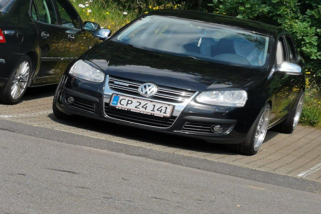 Billig billeje af Volkswagen Jetta nær 8800 Viborg.