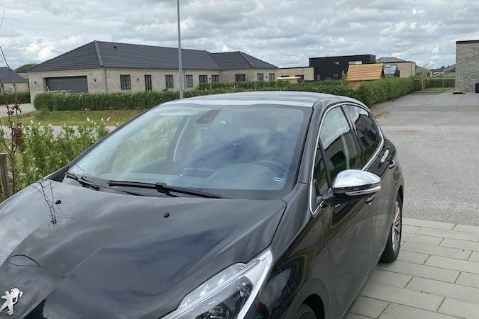 Billig billeje af Peugeot 208 nær 7500 Holstebro.