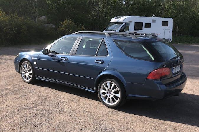 Billig biluthyrning av Saab 9 5 i närheten av 112 54 Kungsholmen.