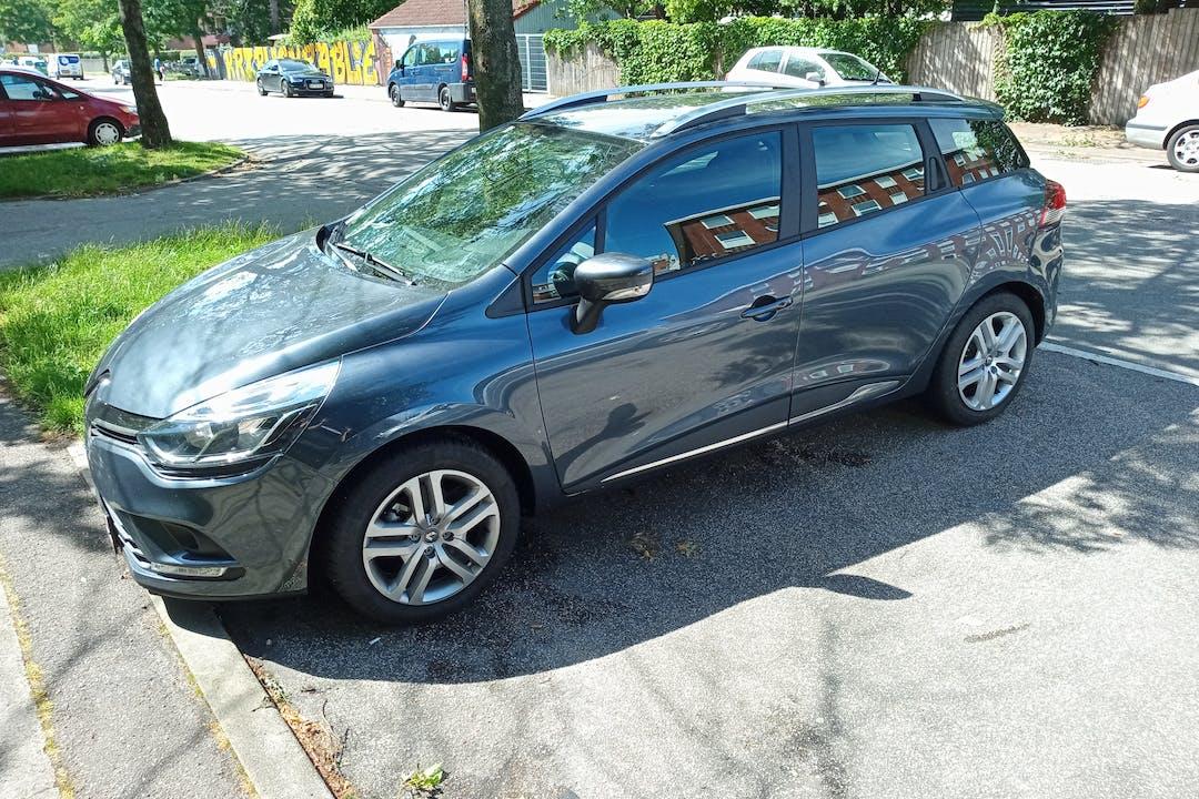 Billig billeje af Renault Clio SW med GPS nær 4180 Sorø.