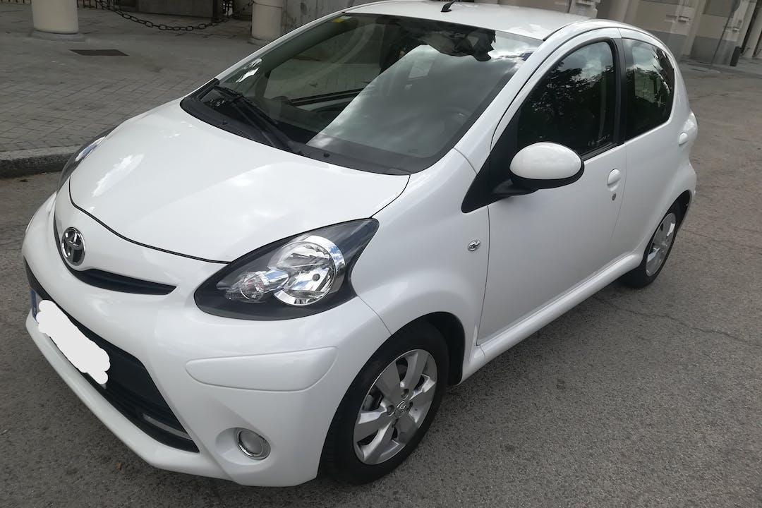 Alquiler barato de Toyota Aygo cerca de 28017 Madrid.