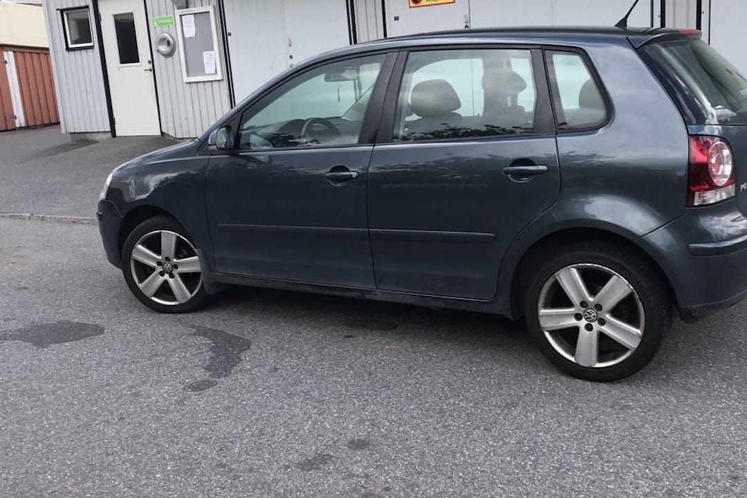 Billig biluthyrning av Volkswagen Polo i närheten av  .