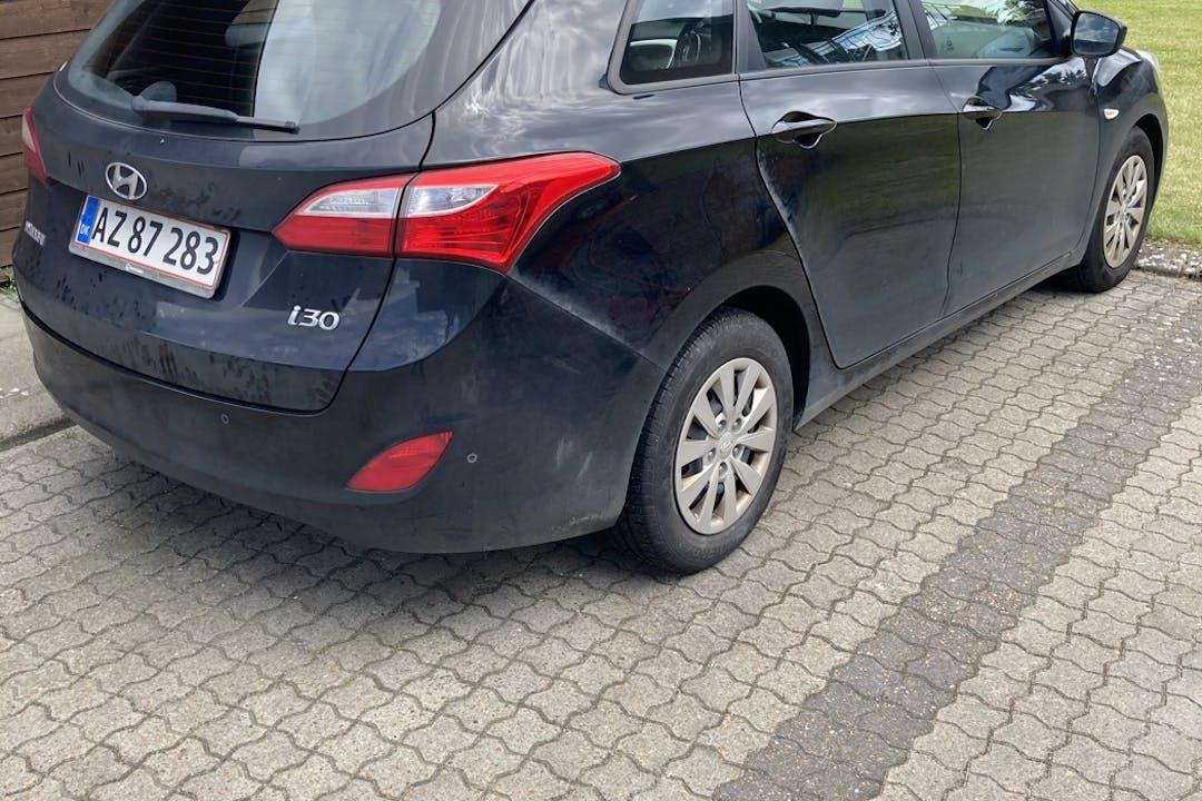 Billig billeje af Hyundai i30 nær 8722 Hedensted.