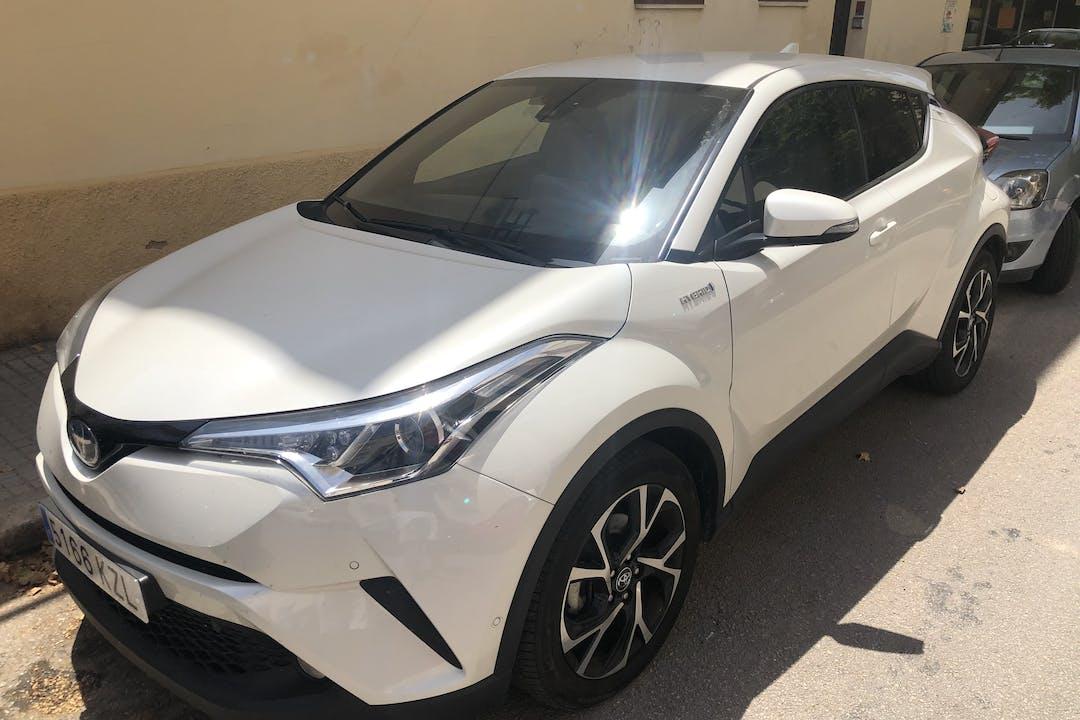 Alquiler barato de Toyota C-Hr con equipamiento Fijaciones Isofix cerca de  Palma.