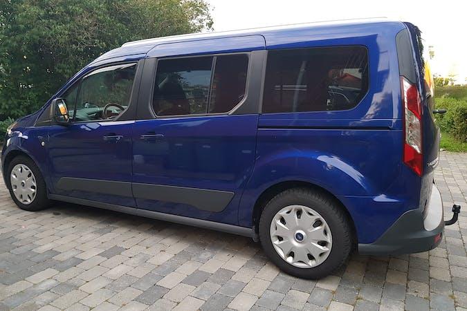 Billig billeje af Ford Tourneo med GPS nær 8210 Aarhus.