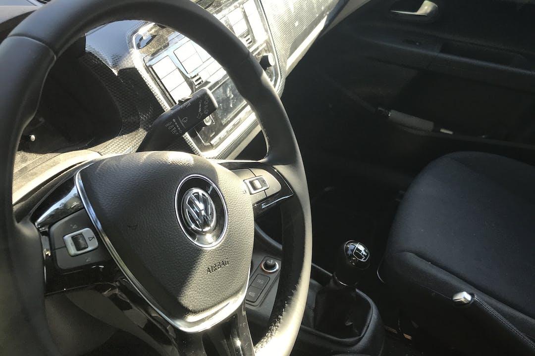 Billig billeje af Volkswagen UP! nær 2720 København.