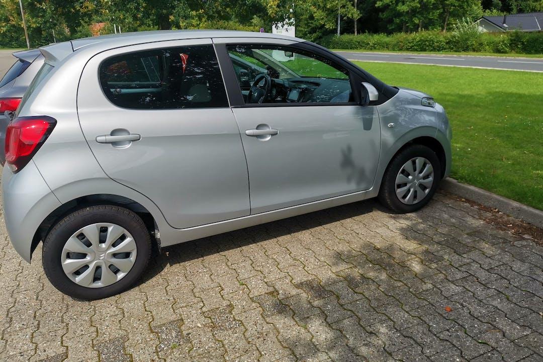 Billig billeje af Citroën C1 med Isofix beslag nær 5000 Odense.