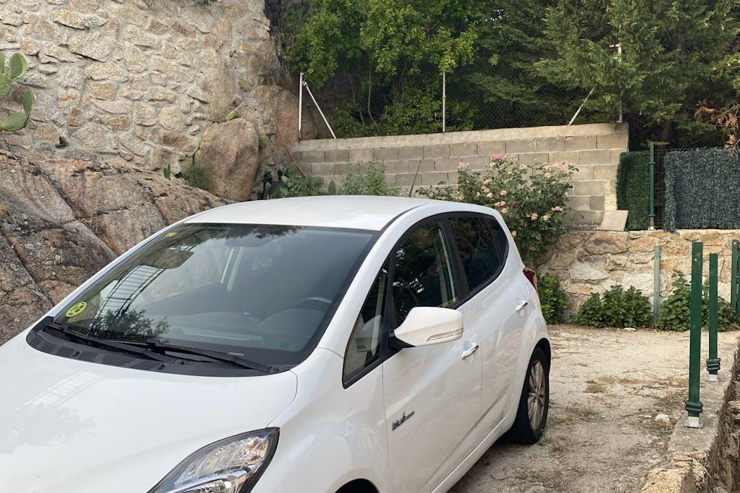 Alquiler barato de Hyundai Ix 20 cerca de 28028 Madrid.