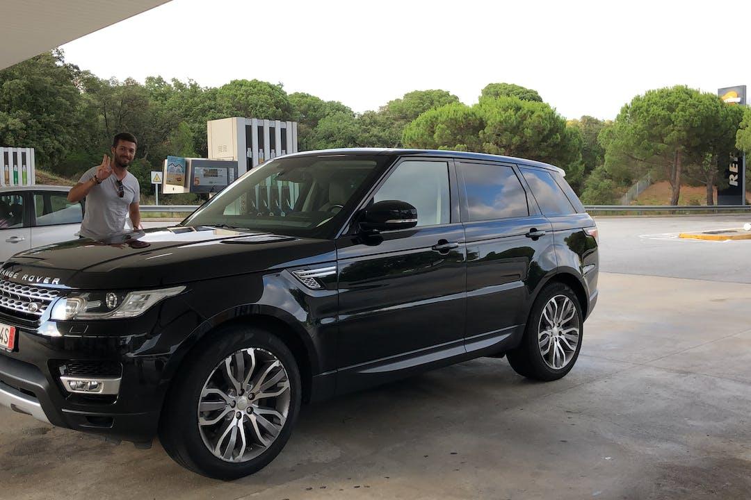 Alquiler barato de Land Rover Range Rover Sport con equipamiento Bola de remolque cerca de 07800 Eivissa.