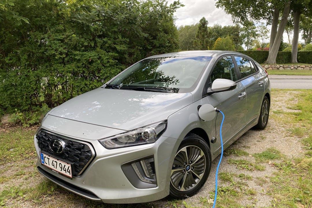 Billig billeje af Hyundai Ioniq med Isofix beslag nær 2200 København.