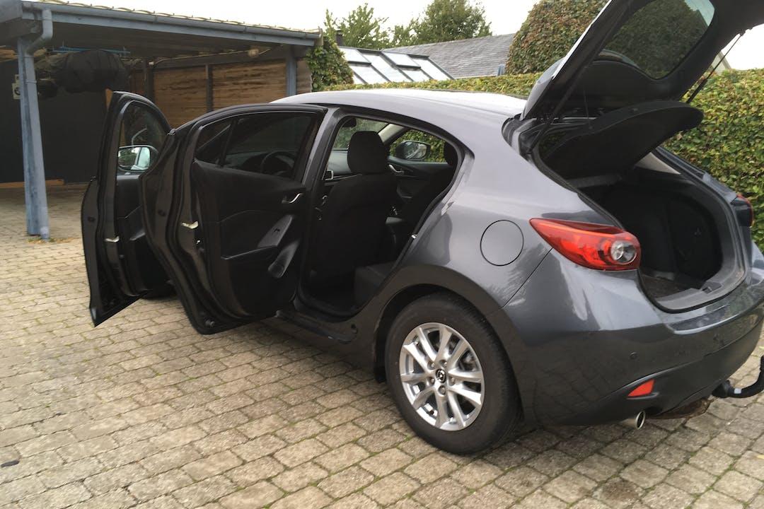 Billig billeje af Mazda 3 nær 3300 Frederiksværk.