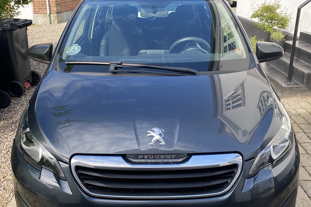 Billig billeje af Peugeot 108 nær 6300 Gråsten.