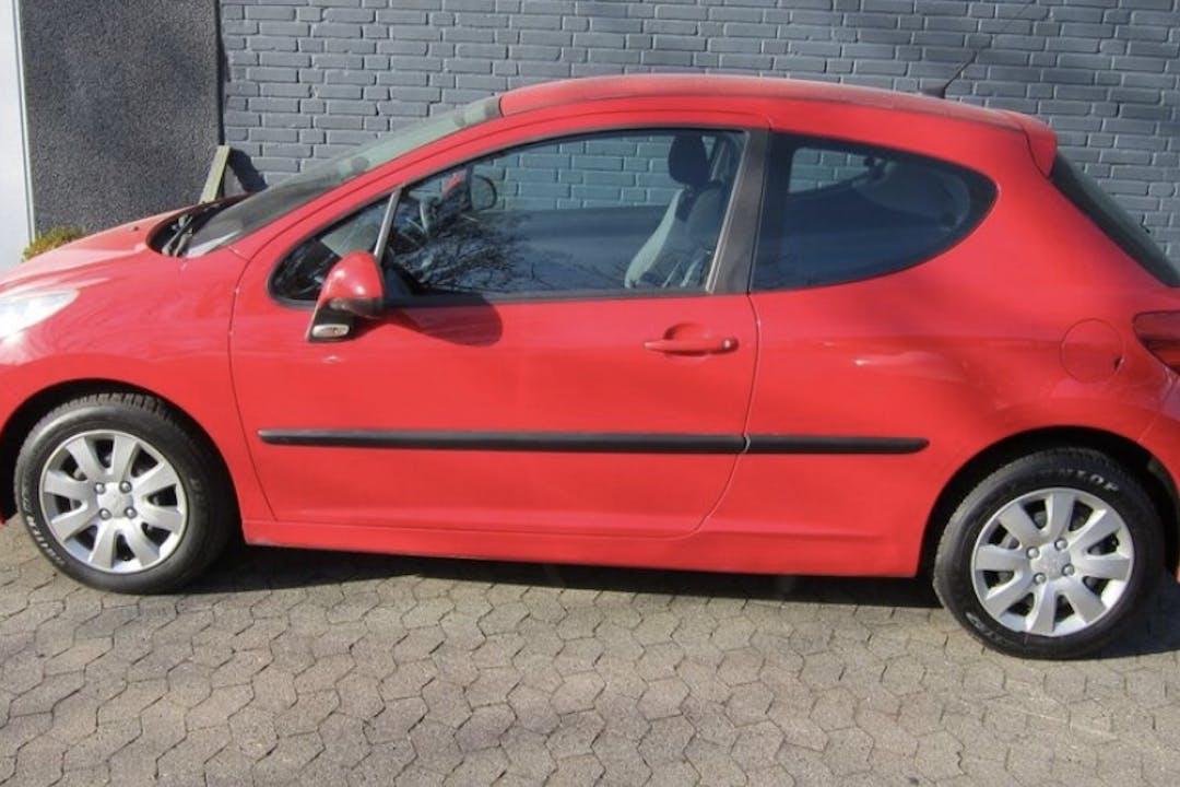 Billig billeje af Peugeot 207 nær 8600 Silkeborg.