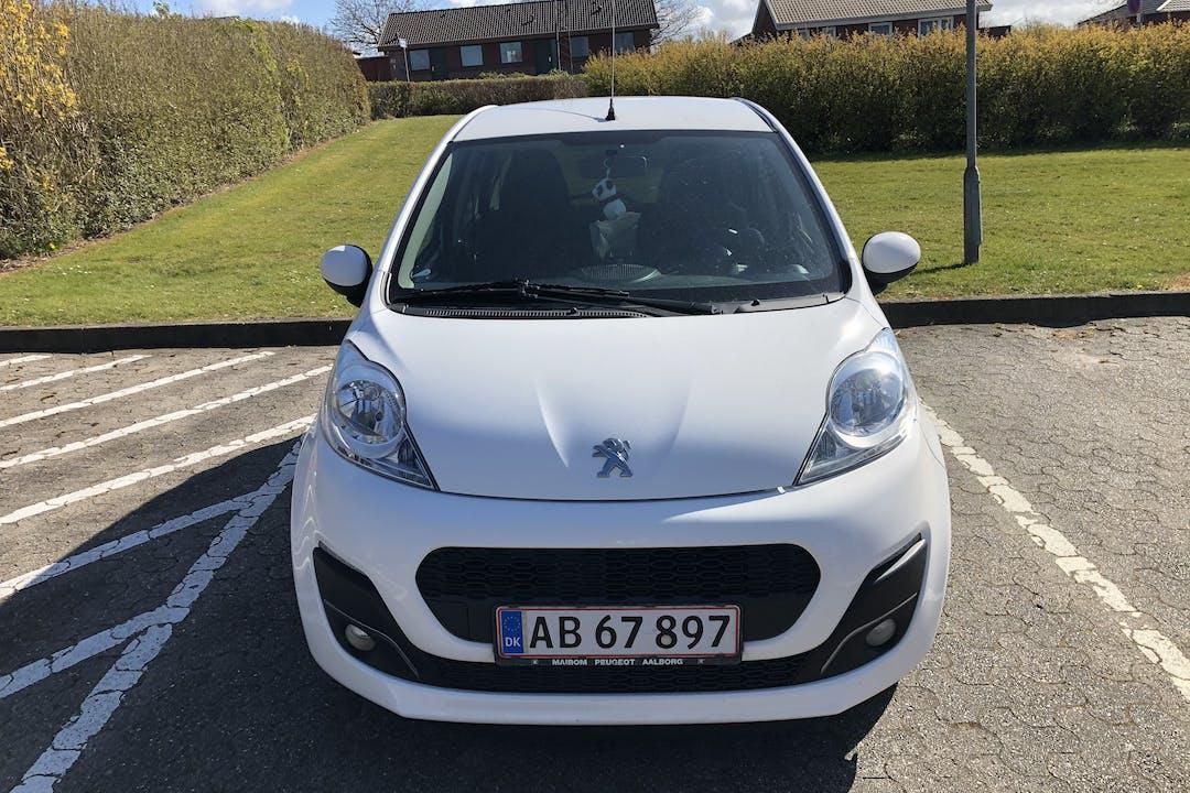 Billig billeje af Peugeot 107 nær 9400 Nørresundby.
