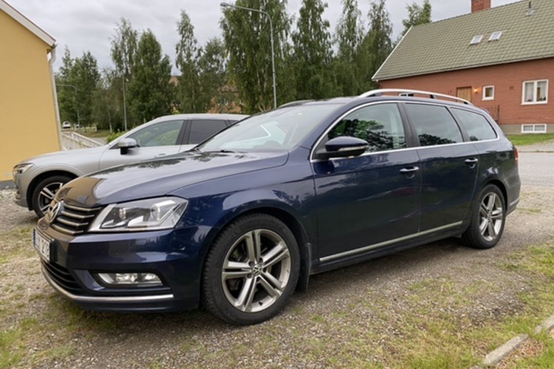 Billig biluthyrning av Volkswagen Passat i närheten av 930 10 Skellefteå Ö.
