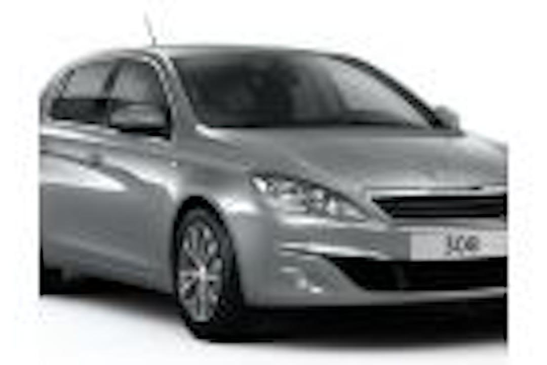 Alquiler barato de Peugeot 308 cerca de 29004 Málaga.