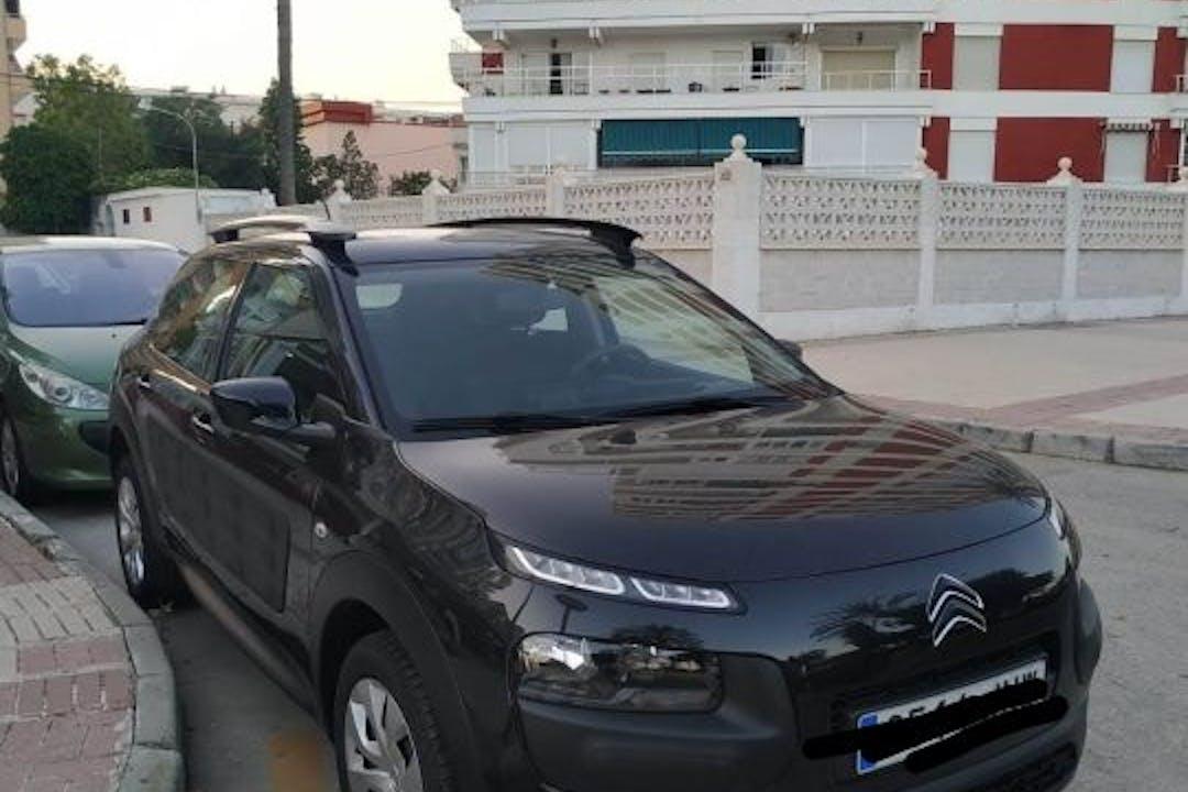 Alquiler barato de Citroën C4 Cactus cerca de 28017 Madrid.