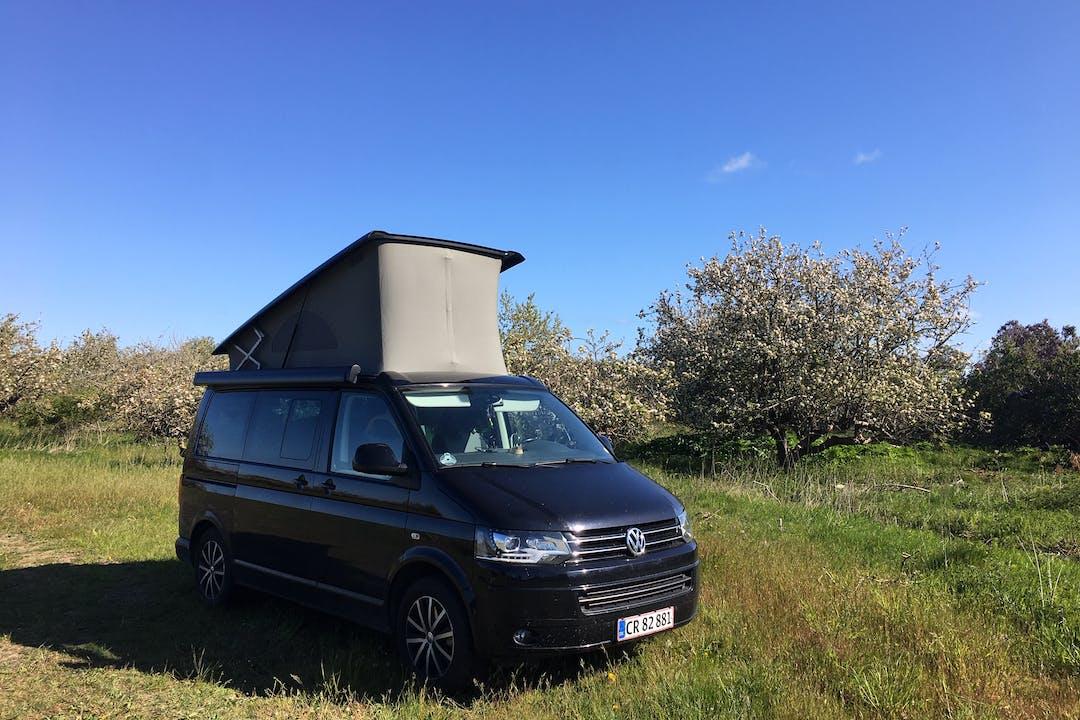 Billig billeje af Volkswagen California med GPS nær 3450 Lillerød.