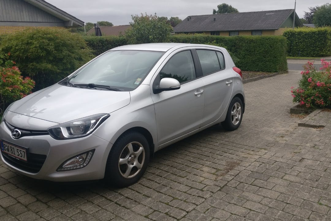 Billig billeje af Hyundai i20 nær 9440 Aabybro.
