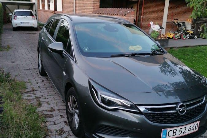 Billig billeje af Opel astra sports tourer 1,6 136hk med Isofix beslag nær 5792 Årslev.