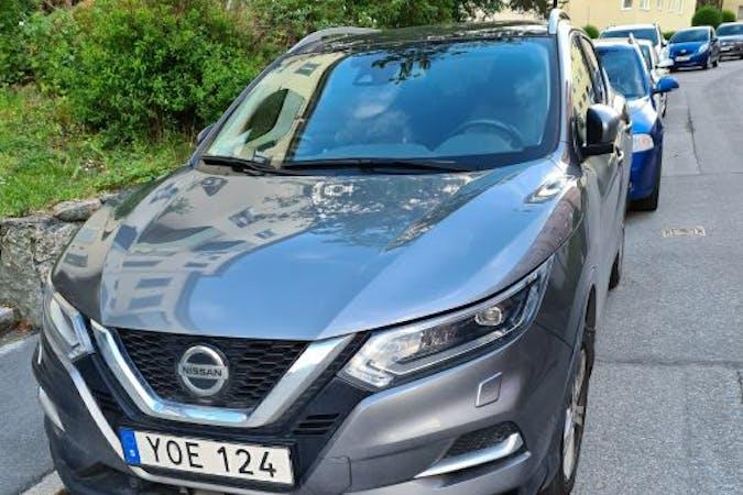 Billig biluthyrning av Nissan Qashqai i närheten av 112 15 Kungsholmen.