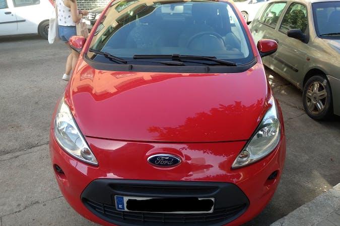 Alquiler barato de Ford Ka con equipamiento Bluetooth cerca de 41013 Sevilla.