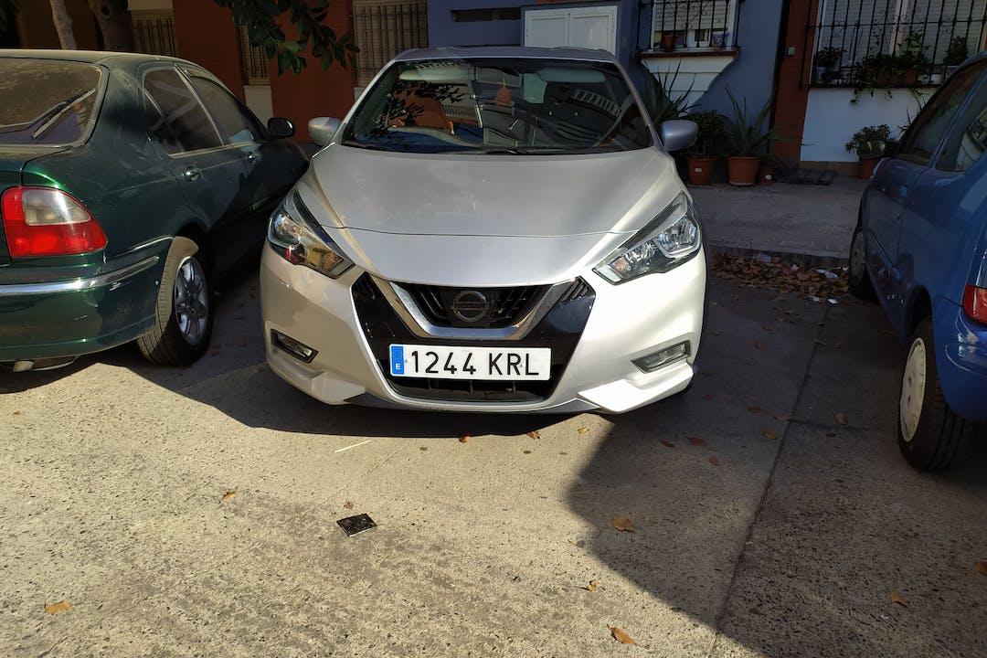 Alquiler barato de Nissan Micra cerca de 41007 Sevilla.