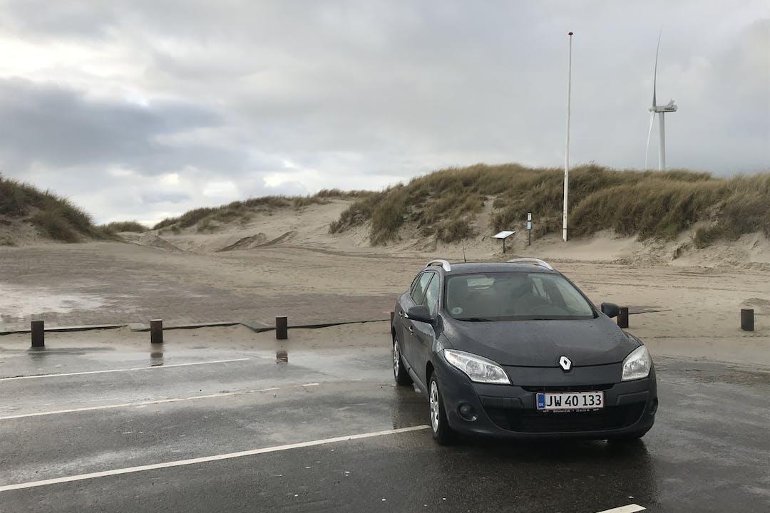 Billig billeje af Renault Megane nær 8000 Aarhus.