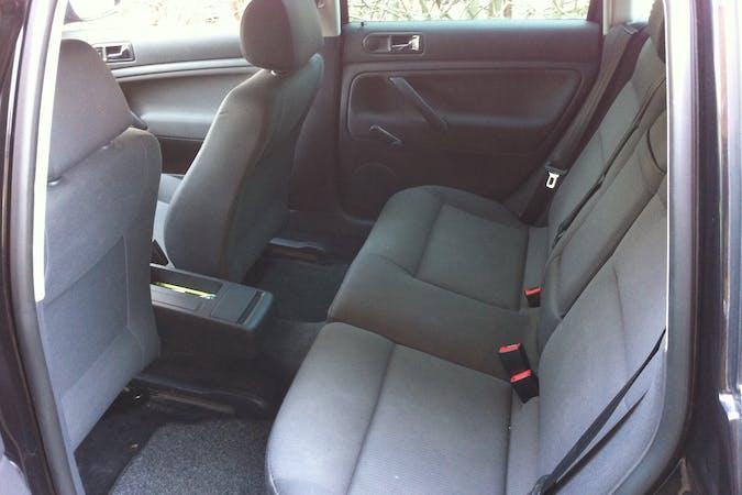 Billig billeje af VW Passat nær 2920 Charlottenlund.