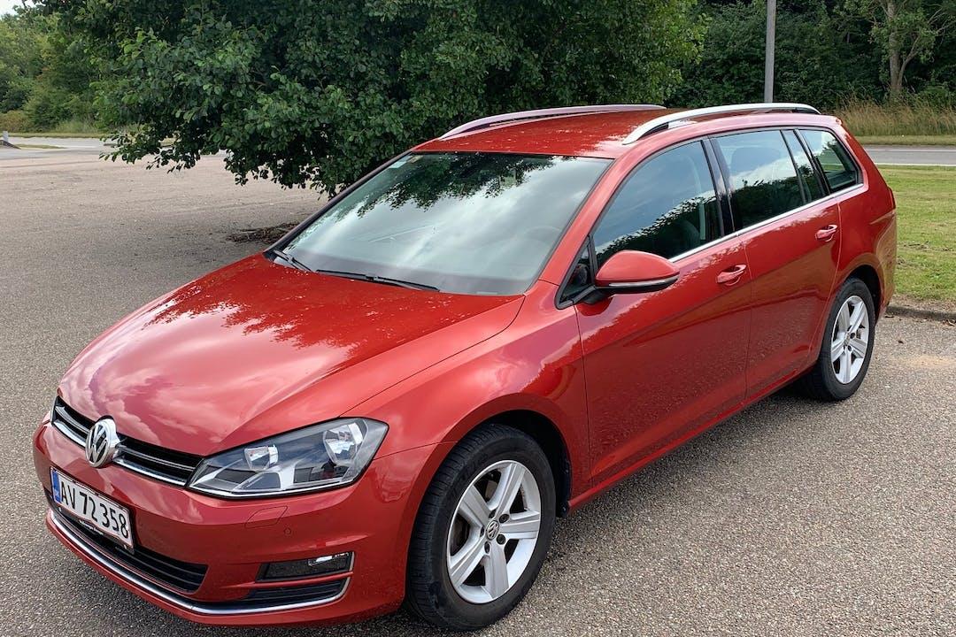 Billig billeje af Volkswagen Golf Stationcar med Aircondition nær 7000 Fredericia.