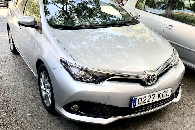 Alquiler barato de Toyota Auris cerca de 08005 Barcelona.