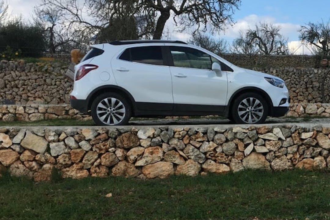 Alquiler barato de Opel Mokka X cerca de 07450 Santa Margalida.