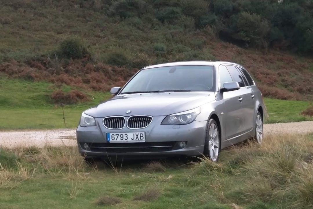 Alquiler barato de BMW Serie 5 cerca de 28806 Alcalá de Henares.