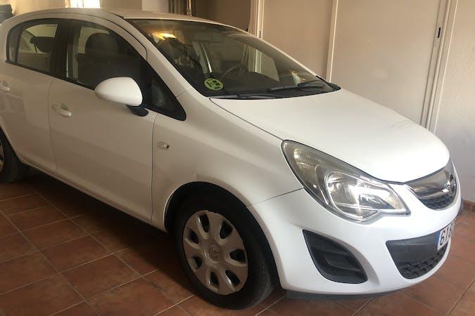 Alquiler barato de Opel Corsa cerca de 28991 Torrejón de la Calzada.