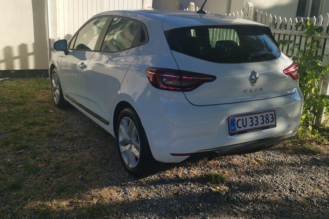 Billig billeje af Renault Clio HB med GPS nær 8200 Aarhus.