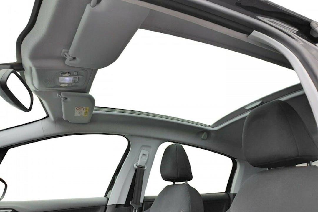 Billig billeje af Peugeot 208 nær 5932 Humble.
