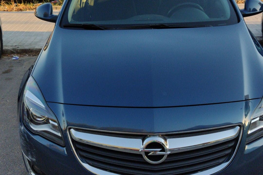 Alquiler barato de Opel Insignia cerca de  Mislata.