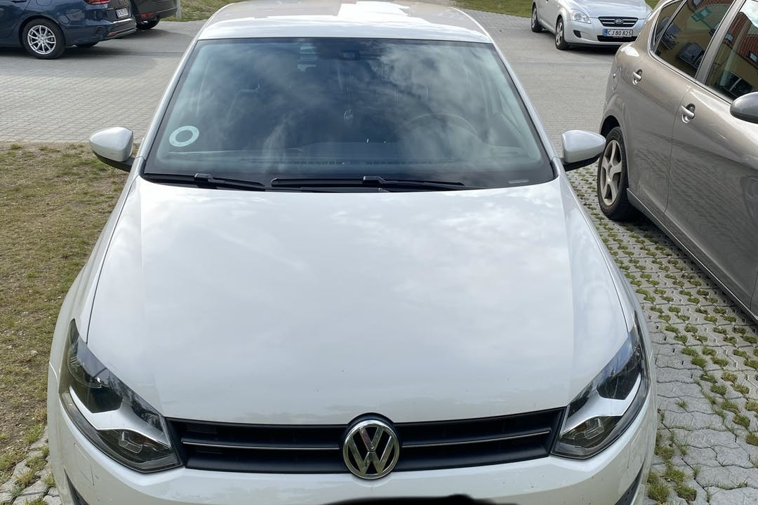 Billig billeje af Volkswagen Polo nær 3400 Hillerød.