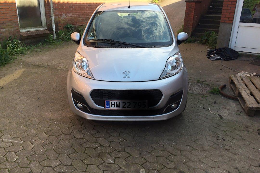 Billig billeje af Peugeot 107 nær 7400 Herning.