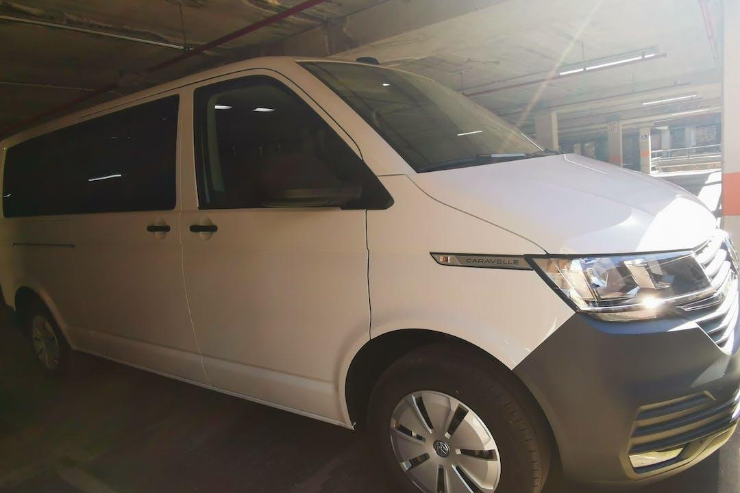 Alquiler barato de Volkswagen Caravelle cerca de 06001 Badajoz.