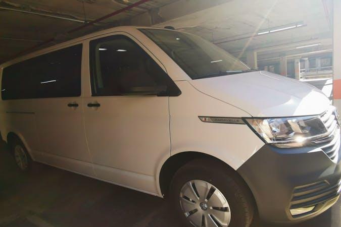 Alquiler barato de Volkswagen Caravelle con equipamiento GPS cerca de 06001 Badajoz.