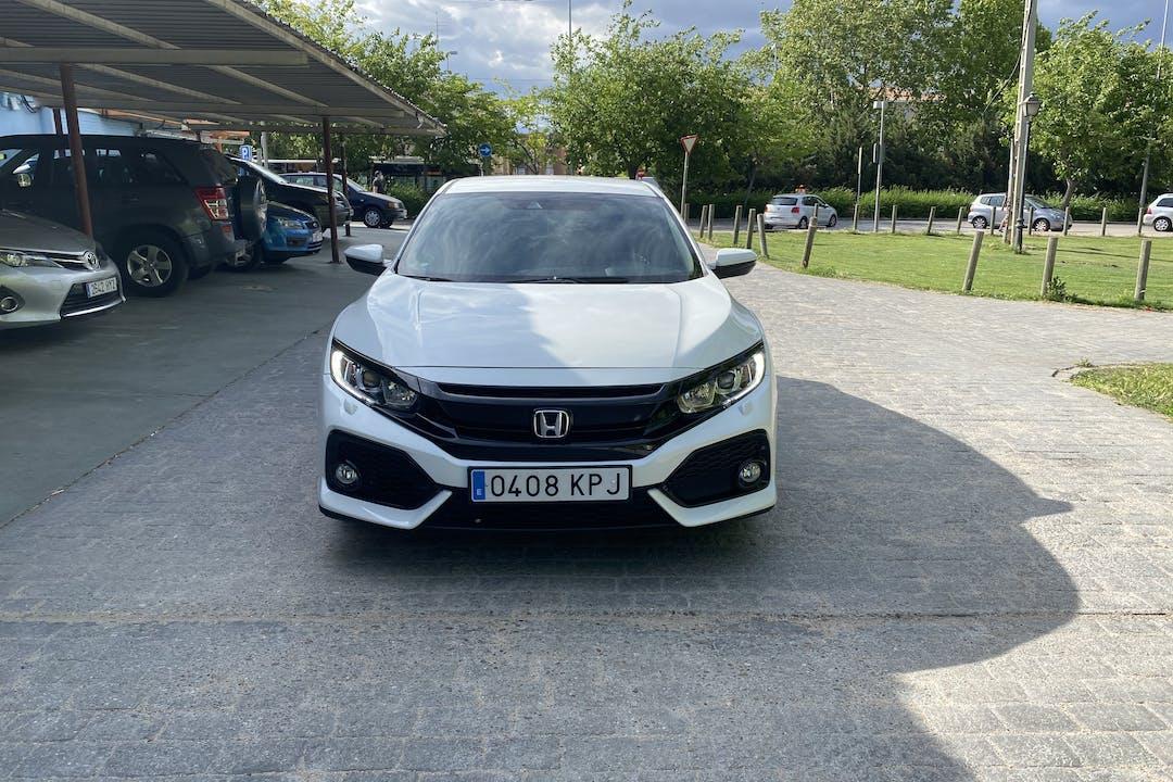 Alquiler barato de Honda Civic cerca de 28026 Madrid.